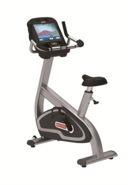 Das Star Trac E-UBe Upright Bike mit Entertainment System